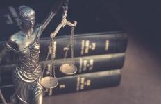 Recht & Steuern